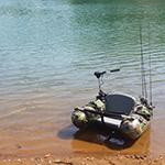 湖に浮かぶフローター