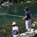 綾の里(宮崎県綾町)で魚釣り