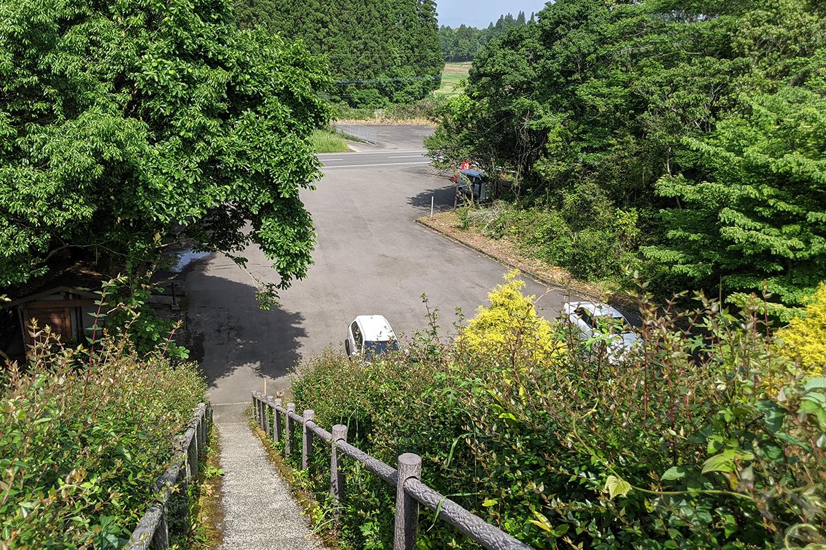 中池の駐車場