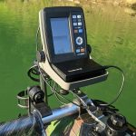モバイルバッテリーで動かしている魚探